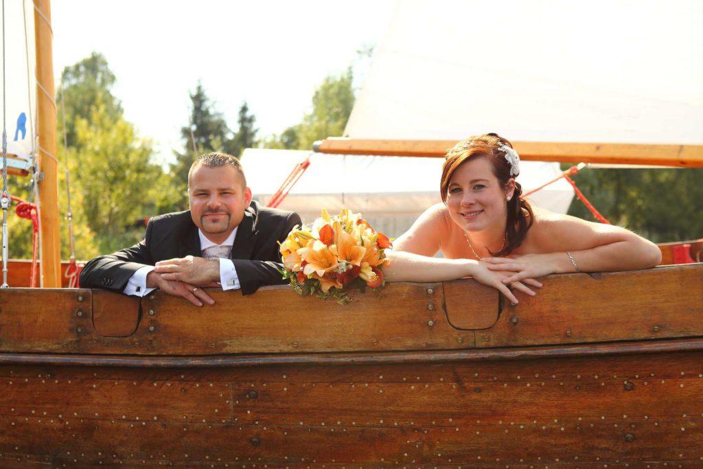Hochzeit in Delitzsch - Paar auf Boot